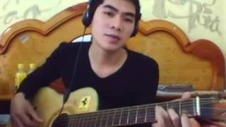 Chang Trai Danh Guitar Hat Cuc Hay
