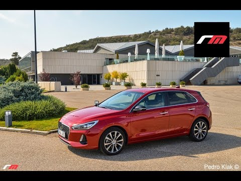 Hyundai i30 berlina 2017 Prueba revistadelmotor