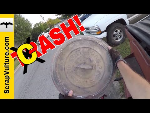 REAL TIME - One Man's TRASH is another Man's TRRR...ASH who SELLS It!! DUMPSTER DIVING by Bicycle!!