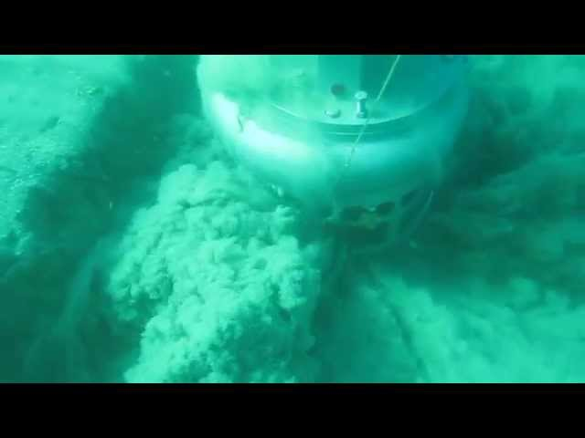 Dragflow Dredge Pump - Underwater Shooting