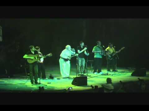 Grace - Derek Warfield & The Young Wolfe Tones