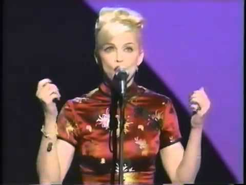 Madonna Take A Bow Live American Music Awards 1995