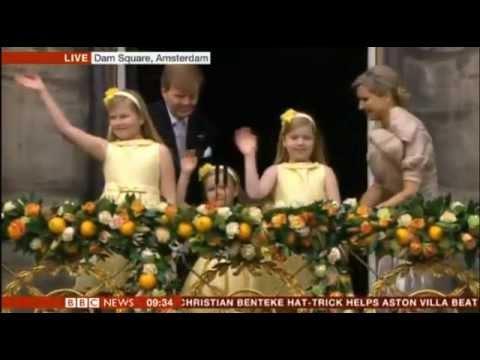 Willem Alexander becomes Dutch king after Beatrix abdicates BBC reports