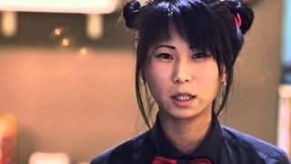 видео Вязаный брелок – суши-ролл