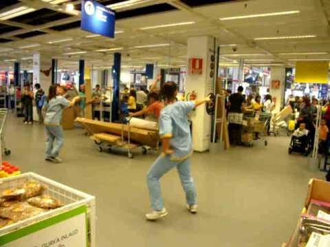 Mamma Mia IKEA ALCORCON BAILE - YouTube - photo#1