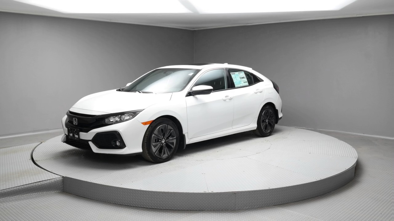 2017 White Orchid Pearl Honda Civic Hatchback H033