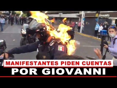 Prenden fuego a policía en Guadalajara durante protestas por muerte de Giovanni López