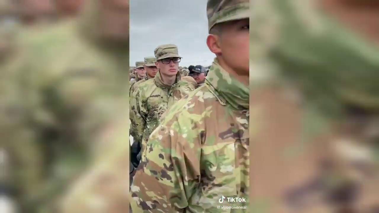 Soldados Regresando a Casa Prt.2 I Tik Tok 2020*