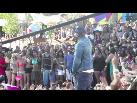 Young Jeezy Performs Live At 2012 MTV Spring Break At The Palms Resort & Casino