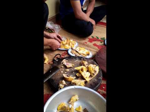 Hướng dẫn cách chặt thịt gà luộc nhanh đẹp - Cách bày gà ra đĩa bầu dục đẹp - Cut Chicken