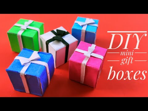 Christmas special mini gift boxes|Easy DIY|with paper|Christmas ornaments|By Prachi art and craft