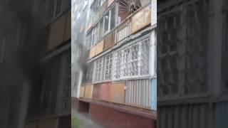 Горит квартира на ул. Заозерная, 17 - Омск (20.06.2017)
