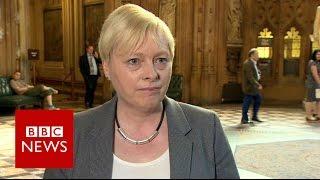 Angela Eagle drops out of Labour leader race - BBC News