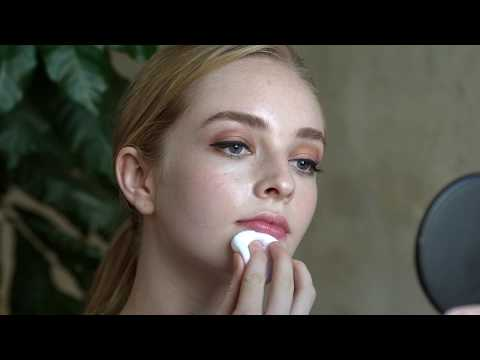 "How To Apply RMS Beauty ""Un"" Powder"