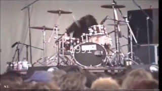 Download Dave Grohl 1985  - 2015  (Drummer moment) Mp3 and Videos