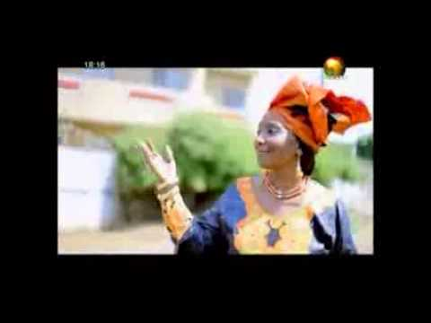 Aicha Kone - Faure Gnassingbé - YouTube