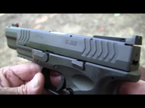 Springfield XDM 9mm 5.25  Close-up
