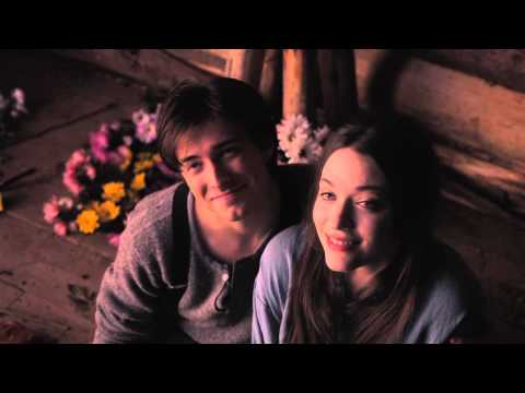 Kat Dennings and Reece Thompson  DAYDREAM NATION
