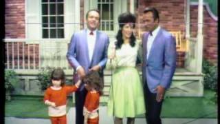 Watch Loretta Lynn Hes Got The Whole World In His Hands video