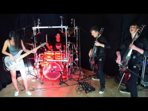 Muse - Reapers - Cover - (Bass, Electric Cellos, Drum Cover) LIVE ft. Rockcellos & Anna Sentina