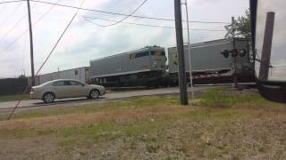 UP Eastbound Intermodal at C St Cedar Rapids, IA