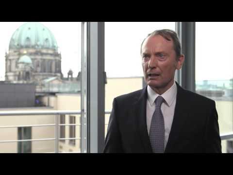 Bankenverbands-Präsident Hans-Walter Peters im Interview