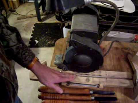 Basic Wood Lathe-Lathe Tool Sharpening Jig - YouTube