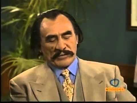 Hctor Sarez en Que nos Pasa (1998) - El Contratista