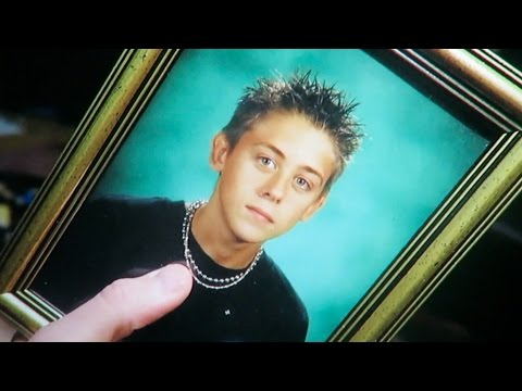 Thumbnail: Roman Atwood Before All The Fame