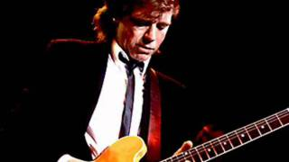 Watch Dave Edmunds Sweet Little Lisa video