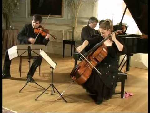 Mendelssohn Piano Trio No.1 in D minor Op.49 -  Part 2/3