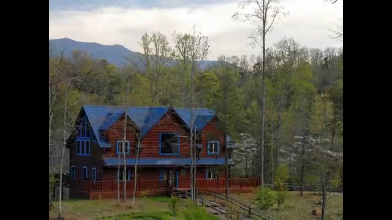 Blue mountain lodge spacious cabin near arts and crafts for Arts and crafts gatlinburg tn