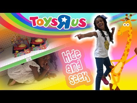 Fun Sisters Toys R Us Shopping + Hide and Seek