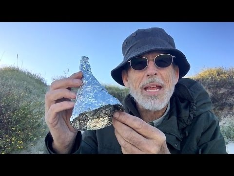 Survival Camping: #1 Turn Seawater into Fresh Water with Trash