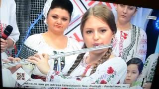 MADALINA ARTEM ETNO TV EMISIUNE SA PETRECEM ROMANESTE