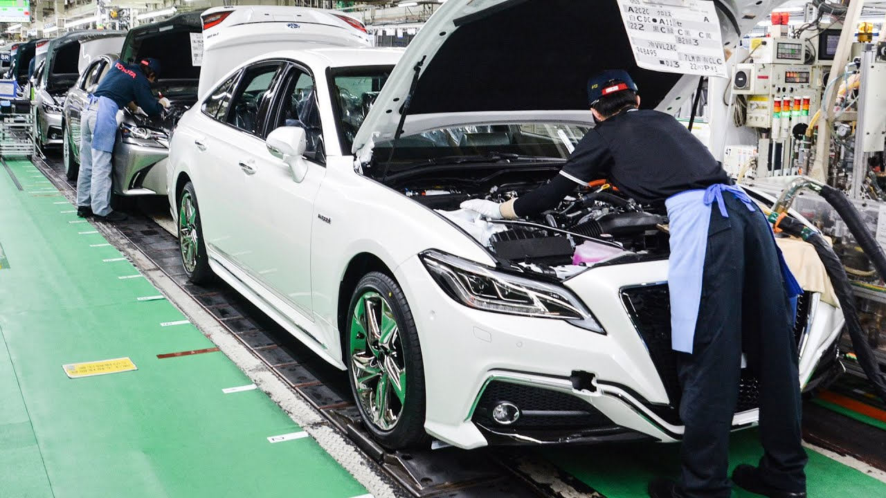 Toyota & Lexus Assembly Line - Japanese Car Factory in ...