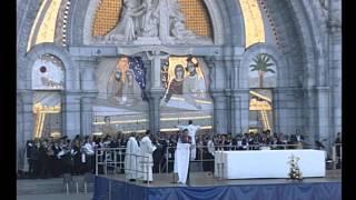 Rosaire 2015 à Lourdes : La procession eucharistique du vendredi 9 octobre