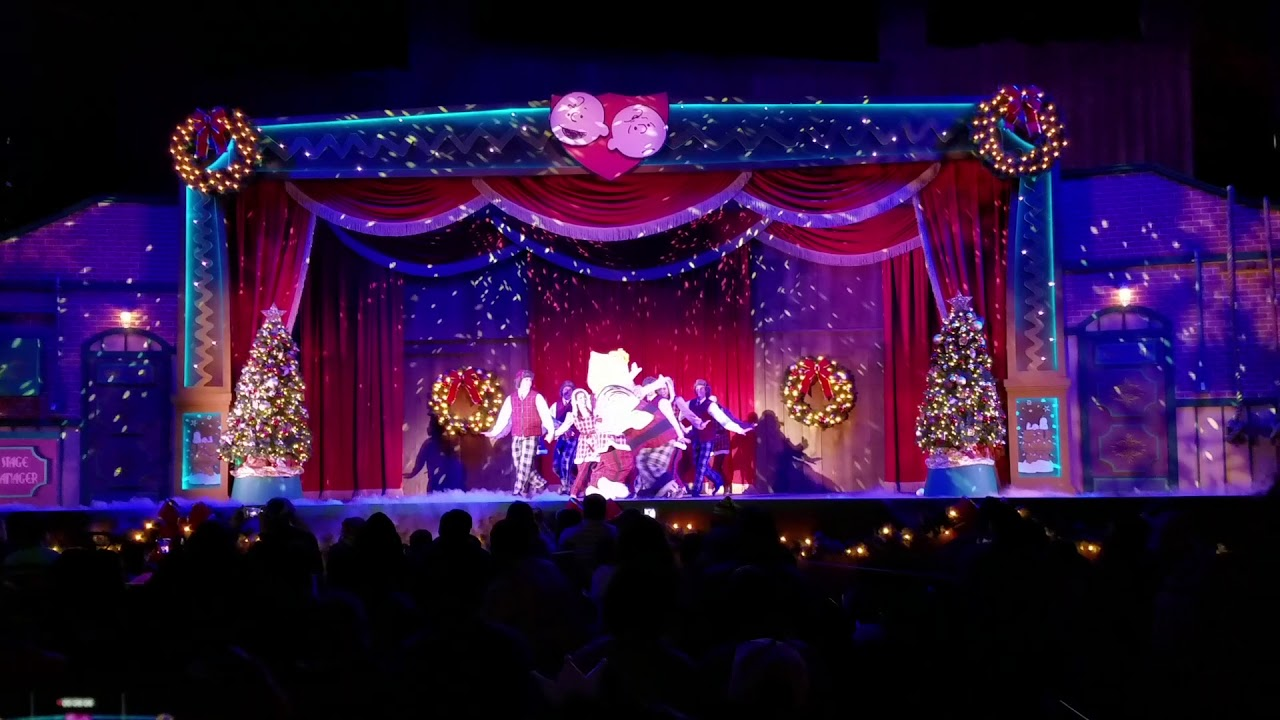 It\'s the Merriest Christmas Show Ever, Charlie Brown Knotts Berry ...