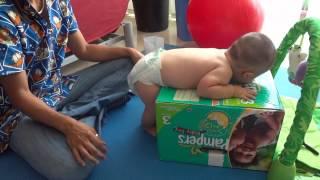 Terapia fisica 8 a 12 meses bebé con sindrome de Down