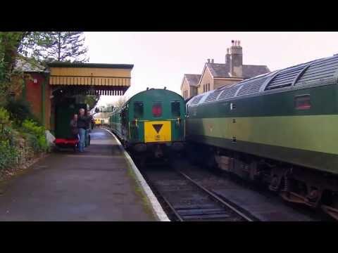 """THUMPER"" Hampshire Unit DEMU 1125 Returning to Alresford Mid Hants Railway Diesel Gala"
