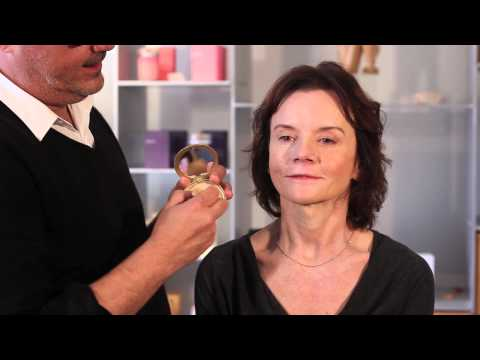 How to Make Pale Skin Look Healthier With Mineral Makeup : Perfect Makeup & Healthy Skin