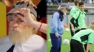 Profi Fußballer VERKLEIDET sich als ALTER OPA!