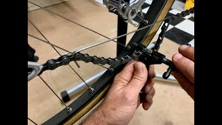 Comment démonter et remonter une chaîne de vélo.
