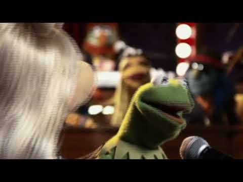 Kermit and Miss Piggy sing Dean Friedman's