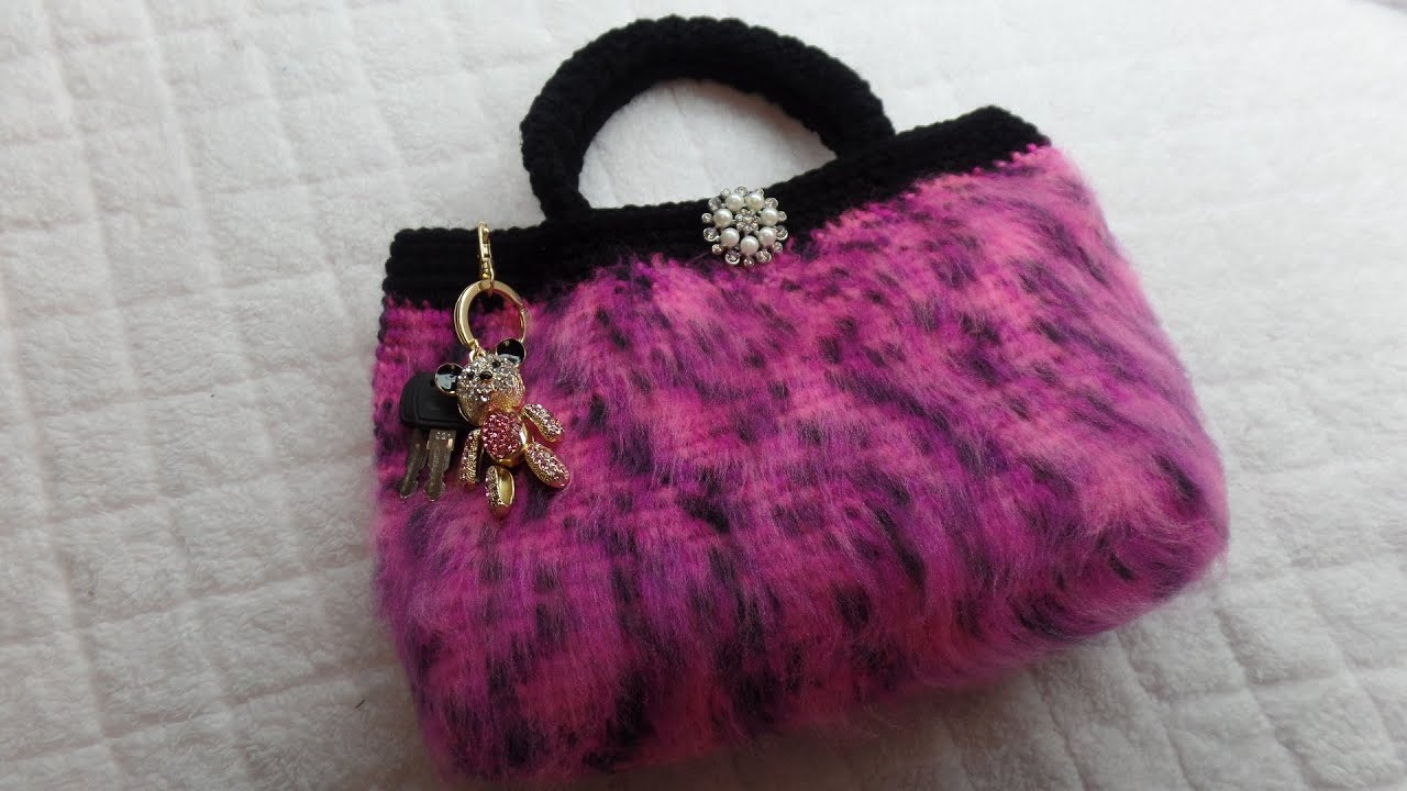 CROCHET (How To #Crochet) (Furry #Handbag #Purse) with regular #yarn ...