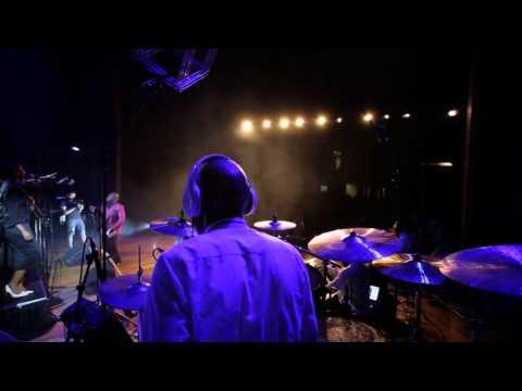 Sipho Ngwenya_ Uyingcwele (Live)
