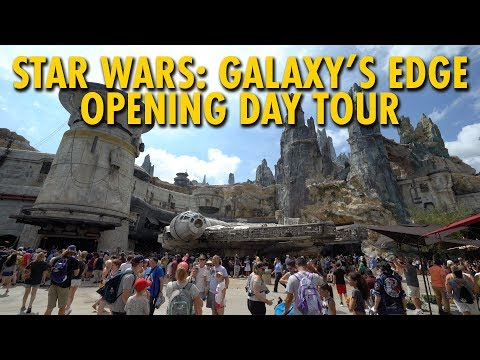 Star Wars: Galaxy's Edge Walt Disney World Opening Day Tour | Disney's Hollywood Studios