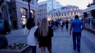 Смотреть видео [Псв 14] УЛИЦА КУЗНЕЦКИЙ МОСТ ПОЛНОСТЬЮ, прогулка по всему кузнецкому мосту в Москве рано утром онлайн