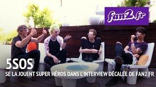 5 Seconds Of Summer se la jouent super héros dans notre interview décalée