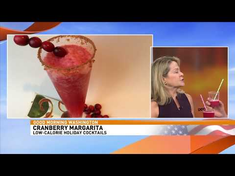 Low Calorie Holiday Cocktail Recipes by Kristen Coffield of the Culinary Cure